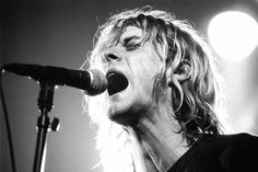 25th of November 1991, Amsterdam NL - Kurt singing on stage #Nirvana #blackandwhite