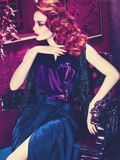 Emma Stone's beauty and hair so stunning here