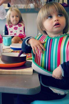 Śliniaki z neoprenu - 40 settimane na obiedzie w przedszkolu