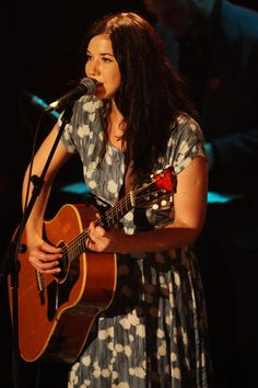 Lisa Hannigan (Born 1981)