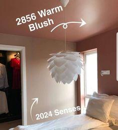 Senses 2024 fra Jotun er en pudderrosa farge med lunhet og varme. Få inspirasjon om Jotun Senses fra ekte hjem. Jotun Lady, Decoration, Warm, Living Room, Blush, Home Decor, Decor, Decoration Home, Room Decor