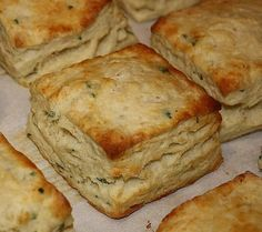 Parsley and garlic buttermilk biscuits | Community Post: 25 Ways To Up Your Biscuit Game