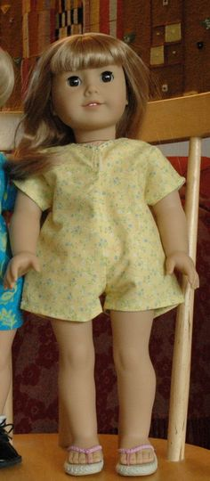 These are FREE patterns--mostly very simple ones--for dolls.  Lots of the patterns, although not all, are for AG dolls!