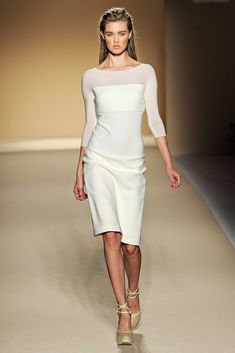 Max Mara Spring 2012 Ready-to-Wear Fashion Show - Lindsey Wixson