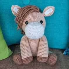 Heidi the Horse Amigurumi - Free Crochet Pattern from Jess Huff.crochet amigurumi animal Heidi the Horse Amigurumi Pattern - Heidi the Horse is the color of honey and just as sweet! She'll clip clop her way right into your heart. Crochet Pony, Poney Crochet, Crochet Horse, Crochet Bear, Cute Crochet, Crochet Amigurumi Free Patterns, Crochet Animal Patterns, Crochet Patterns Amigurumi, Stuffed Animal Patterns