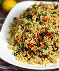 Moroccan chickpea and couscous salad. Will try with millet or quinoa instead of couscous Couscous Salad With Chickpeas, Moroccan Couscous Salad, Couscous Salad Recipes, Coucous Salad, Cooking Couscous, Couscous Dishes, Couscous Salad Dressing, Couscous Ideas, Chicken Couscous Salad