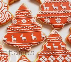 How to make mini royal icing reindeer jumper themed cookies #christmas