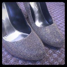 Gold studded pumps! #vegas  Barely worn black & gold-studded pumps. Nina Shoes Heels