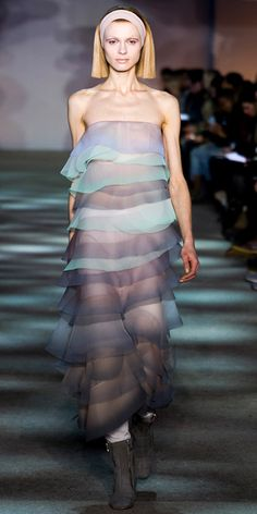 Marc Jacobs The Best Looks From New York Fashion Week: Fall 2014 New York Fashion, Runway Fashion, High Fashion, Fashion Show, Fashion Outfits, Fashion Design, Women's Fashion, Fashion Advice, Couture Fashion