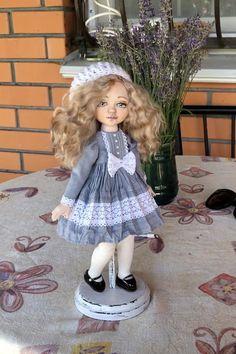 Doll Crafts, Diy Doll, Doll Clothes Patterns, Doll Patterns, Rag Doll Tutorial, Making Dolls, Baby Painting, Halloween Doll, Dollar Tree Crafts
