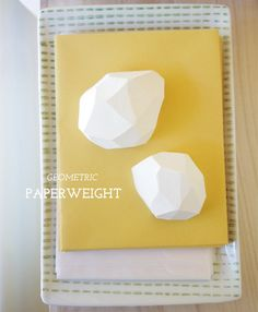 #DIY geometric paperweights