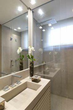 Apartamento no Alto de Pinheiros / Debora Aguiar  #bathroom #lighting