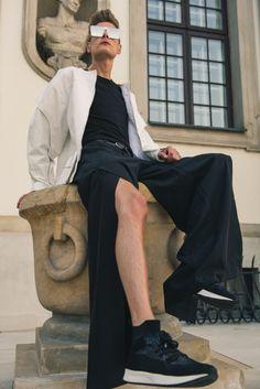 Choose your style. Choose your story. Don't forget the glory! 💫 #modnerozmowy #fashion #ootd#moda #newpost #blogger #polskamarka #boy #warsaw #polskichlopak #highfashion #look #lookbooklookbook #streetwear #style #menstyle #eco #ecofriendly #lato #glory #polishboy #menstyle #menfashion #men #art #revolution