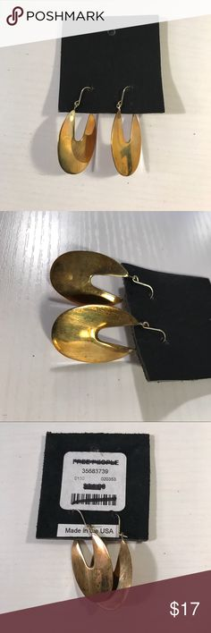 """Free People gold hoop earrings Brand new free People gold hoop oval earrings with a distressed look. About 1.5"""" long from the top of the hook to the bottom. Free People Jewelry Earrings"""