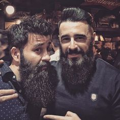 Recordando villanadas. BEARDED VILLAINS MOMMENTS con @da_monts #beardedvillainsspainbrotherhood #villanada