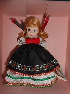 Madame Alexander Doll Poland #580 International Collection Made in the USA