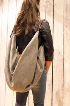 "Large Handmade Italian buclè & Leather backpack\Tote ""City"" di LaSellerieLimited su Etsy"