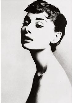 Audrey Hepburn Dec 18, 1953  photos by Richard Avedon.  Whatever happened to this pose in portraits?  It's so flirty and flattering!