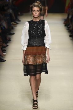 """Alberta Ferretti Spring 2016 #MFW Inspired by the desert, Ferretti said """"I pictured a woman who lives in wide-open spaces, freeing her imagination, without any restrictions."""""""