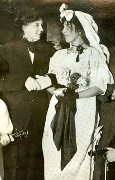 vintage everyday: Vintage LGBT Love – Old Snapshots of Lesbian Wedding in the Past Love Of Lesbian, Lgbt Love, Lesbian Couples, Vintage Love, Vintage Images, Vintage Postcards, Vintage Lesbian, Lesbian Wedding, Gay Couple