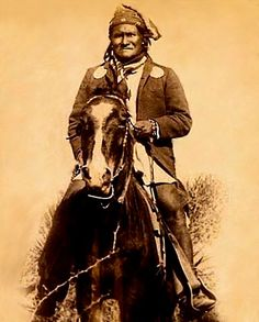 Geronimo on the war path !!! (Close-up of a group photo of 1886 by C. S. Fly, Tombstone, Arizona).