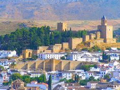 Alcazaba de Antequera en Málaga. European History, Andalusia, Spain Travel, Dolores Park, Spanish, River, Outdoor, Google, Portugal