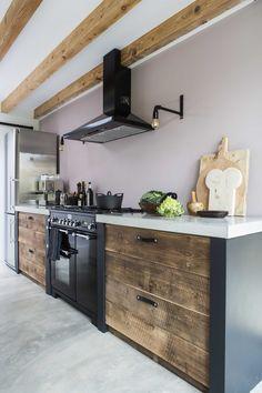 Store keuken, betonnen blad, Recycle houten lades, zwart | Diana van den Boomen