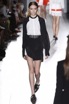 Victoria Beckham Ready-to-Wear S/S 2013 gallery - Vogue Australia