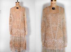 Hey, j'ai trouvé ce super article sur Etsy, chez https://www.etsy.com/fr/listing/256077103/antique-flapper-dress-robe-vintage-des