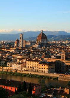 Florence viewed from Piazzale Michelangelo, Copyright @ The Daydreaming Tourist www,thedaydreamingtourist.com