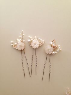 Ivory flowers and pearls bridal hair pins Wedding by amuandpri
