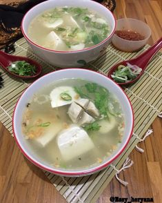 15 Resep olahan tahu sederhana instagram Fruit Salad Recipes, Tofu Recipes, Sauce Recipes, Vegetable Recipes, Healthy Recipes, Indonesian Food Traditional, Food N, Food And Drink, Easy Sauce Recipe