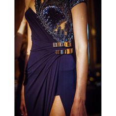Dans les coulisses du défilé Atelier Versace haute couture automne-hiver 2014-2015 http://www.vogue.fr/mode/inspirations/diaporama/backstage-du-defile-atelier-versace-haute-couture-automne-hiver-2014-2015/19460/image/1028740#!7
