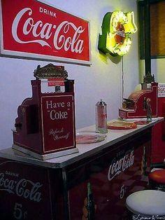 Coca Cola Addiction, Popcorn Maker, Coke, Canning, Drinks, Bottle, Drinking, Coca Cola, Beverages