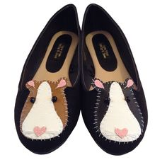 *Guinea pig shoes for piggy people! * Customised soft black faux suede shoes * Leather hand stitched guinea pigs- one in black, one tan* Beady eyes and cute little whiskers* These shoes fit true to size