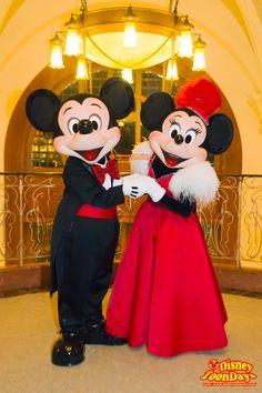 Disney Fan, Disney Dream, Disney Love, Disney Magic, Disney Parks, Mickey And Minnie Love, Mickey And Friends, Disney Mickey Mouse, Minnie Mouse