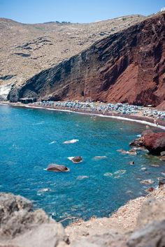 Santorini, Red beach