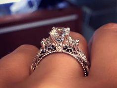 We found the most-pinned engagement ring on Pinterest (and it's DAZZLING).   🌻 For more great pins go to @KaseyBelleFox