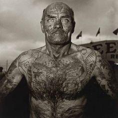 Diane Arbus, Tattooed Man