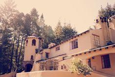 Castle House and Garden in Bonny Doon.  The Venue for my cousin Ali and his beautiful finance, Christina's wedding!