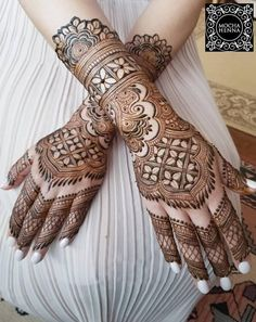 Henna is the most traditional part of weddings throughout India. Let us go through the best henna designs for your hands and feet! Indian Henna Designs, Latest Bridal Mehndi Designs, Full Hand Mehndi Designs, Modern Mehndi Designs, Henna Art Designs, Wedding Mehndi Designs, Beautiful Henna Designs, Beautiful Mehndi, Mehandi Designs