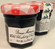quick easy gift presents? Homemade jam in 1 oz increments...totally cheap and totally unique :)