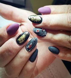 50 Glamorous Foil Nails to make Nails the Perfect Accessory Foil Nail Designs, Latest Nail Designs, Latest Nail Art, Foil Nail Art, Foil Nails, Acrylic Nail Shapes, Acrylic Nails, Rocker Nails, Nailart French