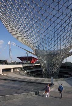 Shanghai - World Expo 2010 - photo by Jeroen Deen