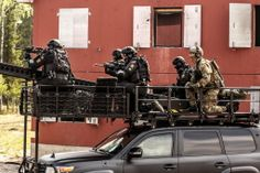 militaryarmament:  Norwegian FSK, MJK and Delta police during counter-terrorism training in Rena military base, Hedmark, Norway. May, 2014.