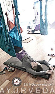 Yoga Aerien, Yoga Aerien www.yogaaerien.com Meditation Yoga et Gimnastique Aérienne by yogacreativo, via Flickr