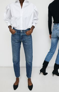 Totême - Shop the latest clothing, accessories and looks Classic Style Women, Classic Outfits, Simple Outfits, Trendy Outfits, Fashion Outfits, White Shirt Outfits, Work Chic, Fashion Books, Cute Fashion