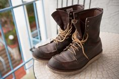 Red Wing treated with Obenauf's Red Wing 877, Working Boots, Wing Shoes, Red Wing Boots, Cool Boots, Wedge Boots, Men's Style, Samurai, Men's Fashion
