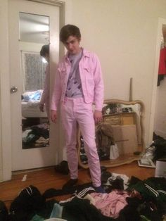 miles heizer in pink