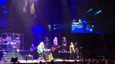 Barry Gibb - Mythology ( The Bee Gees ) Run to me Boston May 15th 2014